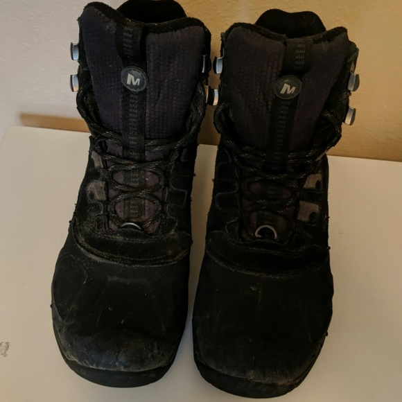 1a7799a4260 Merrell waterproof men's boots with ice grip.